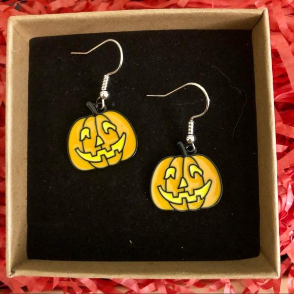 🎃 4 for $20 🆕 Pumpkin Earrings